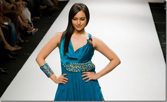 Sonakshi Sinha on Fashion Show